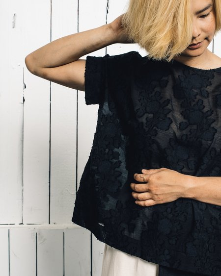 YMC You Must Create Floral Nahawa Blouse
