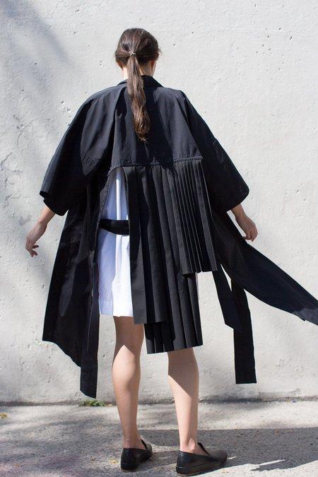 Nancy Stella Soto Pleated Robe in Black