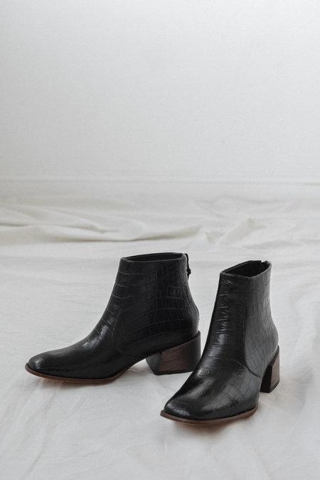 Mari Giudicelli Teresa Boot in Croco Preto