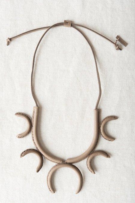 Crescioni Flor Necklace in Pewter