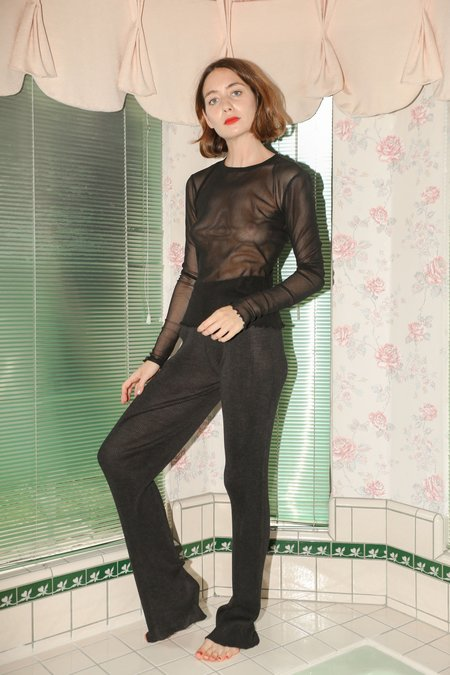 PRISCAVera Seamless Silk Knit Pants in Charcoal