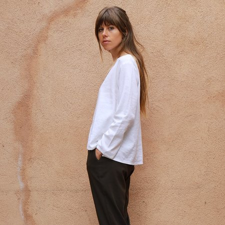 Me & Arrow Basic Top - Linen White