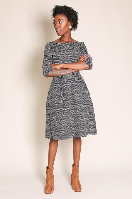 Samuji Finch Dress in Black/Ecru