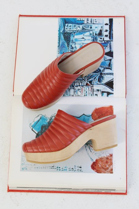 Beklina Ribbed Lego Clog - Clay