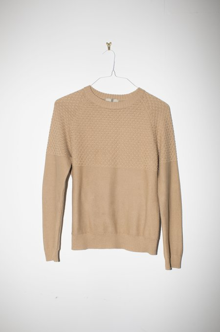 Unisex Giu Giu Brickstitch Crew in Camel