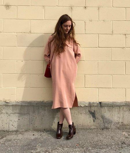 Priory Isa Dress in Dusty Pink/Black