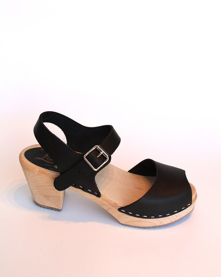 Lotta from Stockholm Highwood Black Clogs with Peep Toe