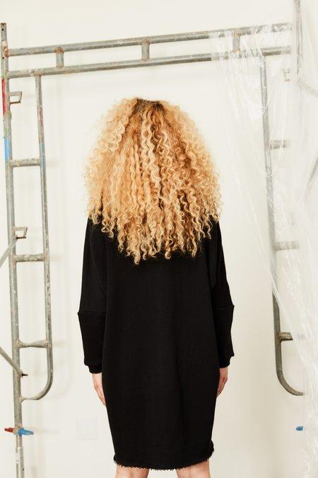 Devlyn Van Loon Curve Sweaterdress - Black