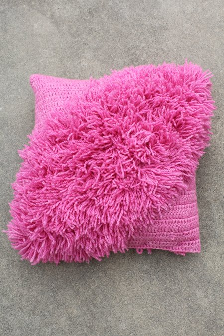 Artist Alpaca Handmade Alta Fringe Pillow Rose