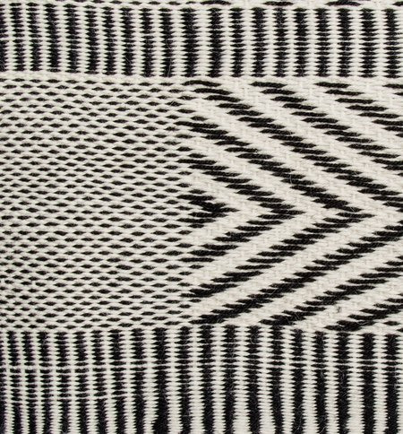 VOZ Chevron - Ivory/Black