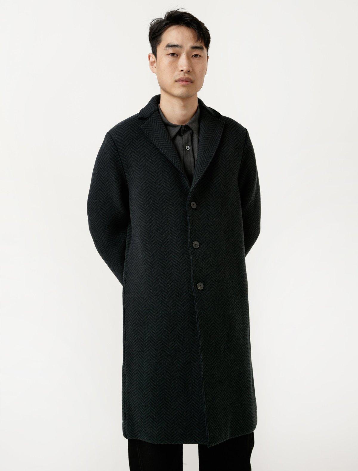Harris-Wharf-Overcoat---Heavy-Herringbon