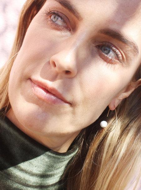 Jujumade Clip Earrings - gold/white