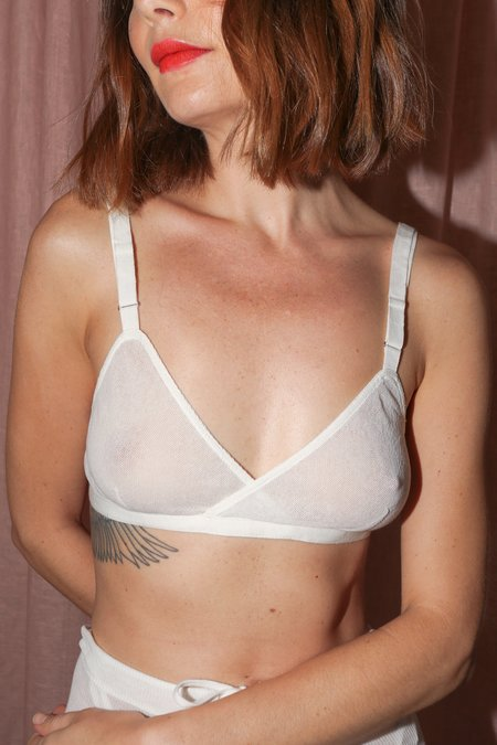Vivien Ramsay Cross Bra Mesh in White