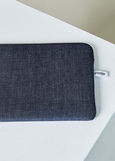 "Pijama 13"" MacBook Zip Case"