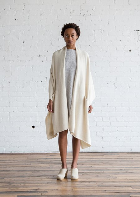Lauren Manoogian U Cape White