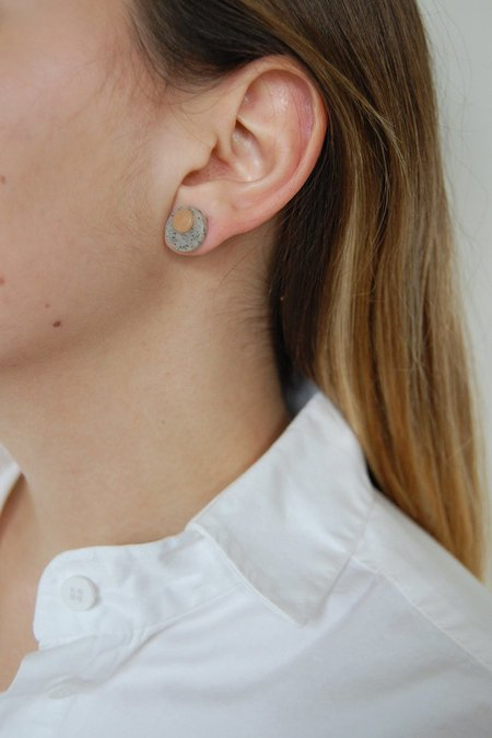 Elise Ballegeer Fulu Earrings - Rose