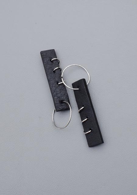 Ribeyron Pierced 3-Hole Earrings - Black