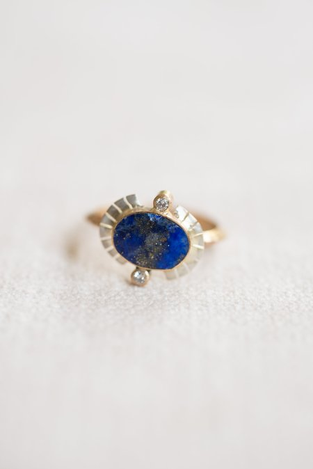 Young In the Mountains Sol Ring - Lapis