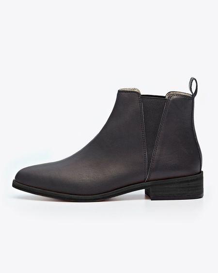 Nisolo Chelsea Boot - Black/Black