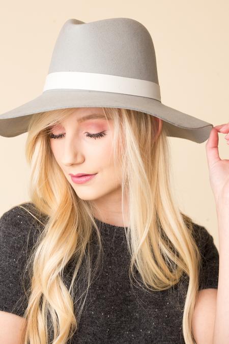 Janessa Leoné Henningsen Hat