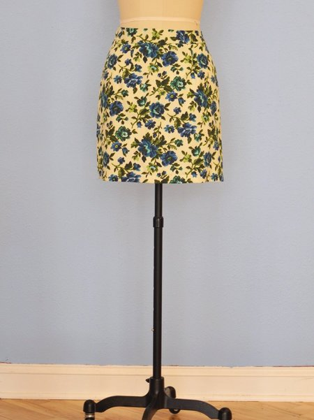 One Imaginary Girl Loved Digital Floral Mini Skirt