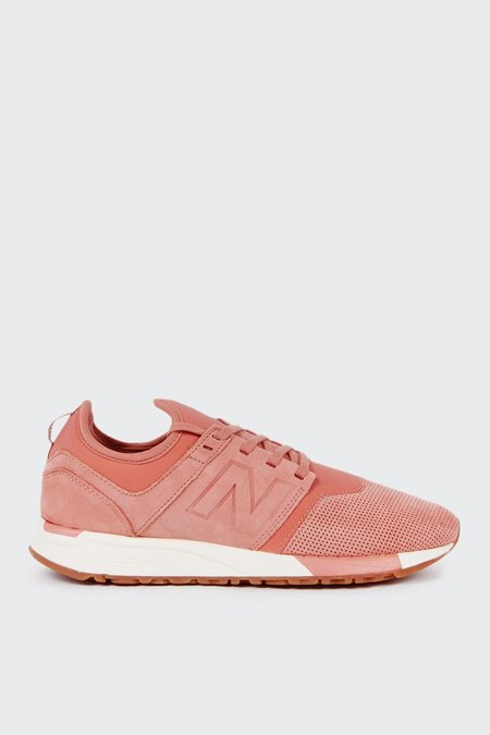 New Balance Dusk Till Dawn 247 - light red