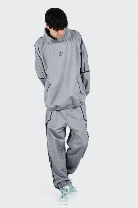 Unisex Adidas Originals Taped Wind Pant - medium heather grey
