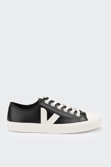 Unisex VEJA Wata Leather - black