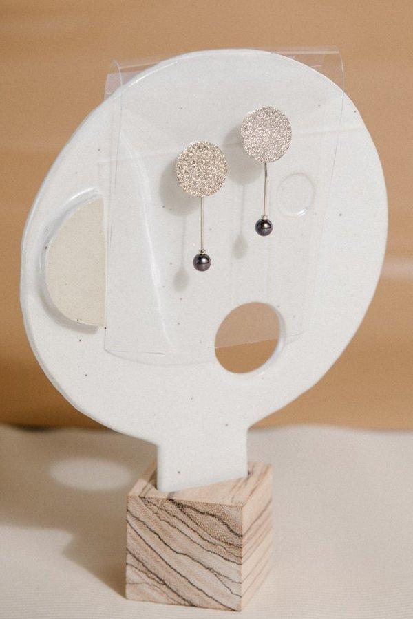 Quarry Francesca Pearl Earrings - White Bronze