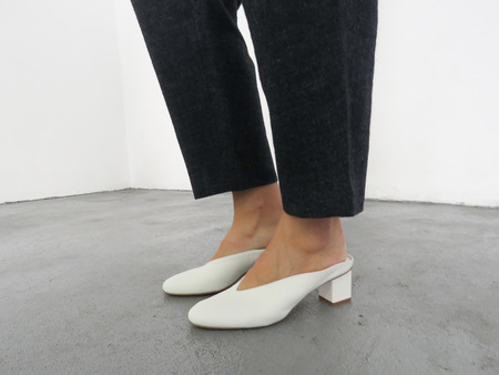 GRAY MATTERS MILDRED MULE - WHITE