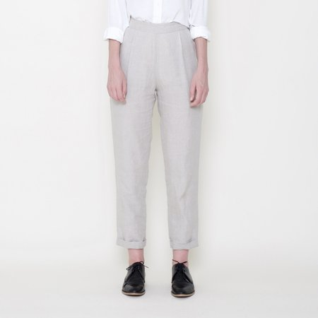 7115 by Szeki Signature Linen Relaxed Tapering Trouser - Oatmeal