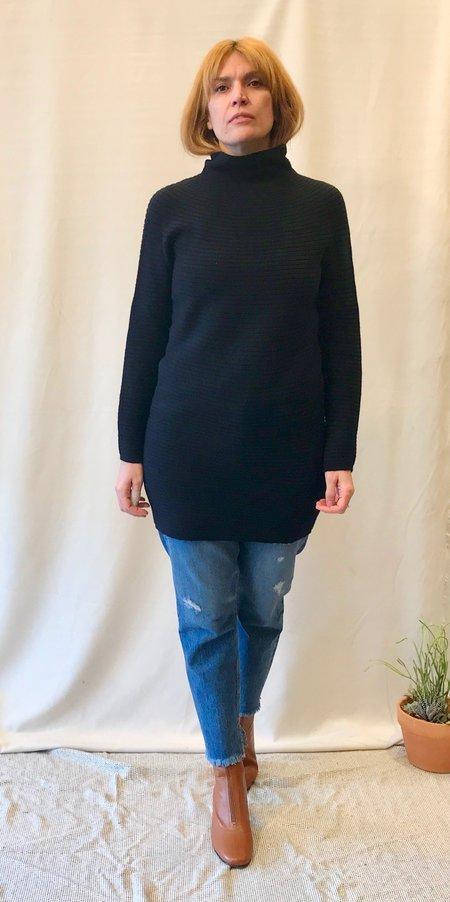 Erdaine Essence Rib Knit Dress in Navy