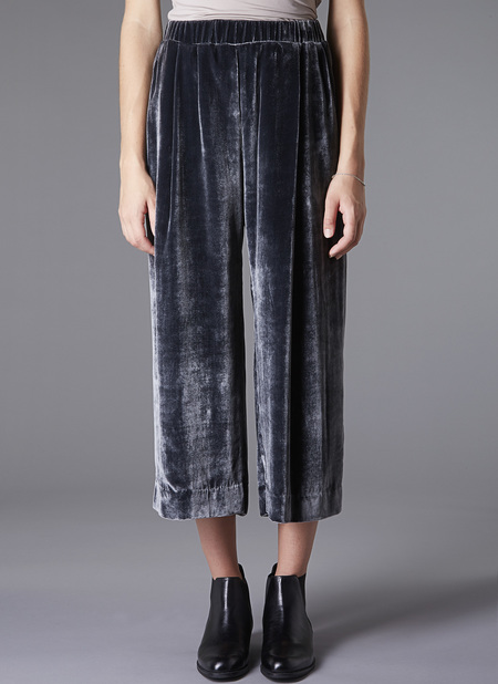 GREI. Velvet Wide Crop Pant - Charcoal