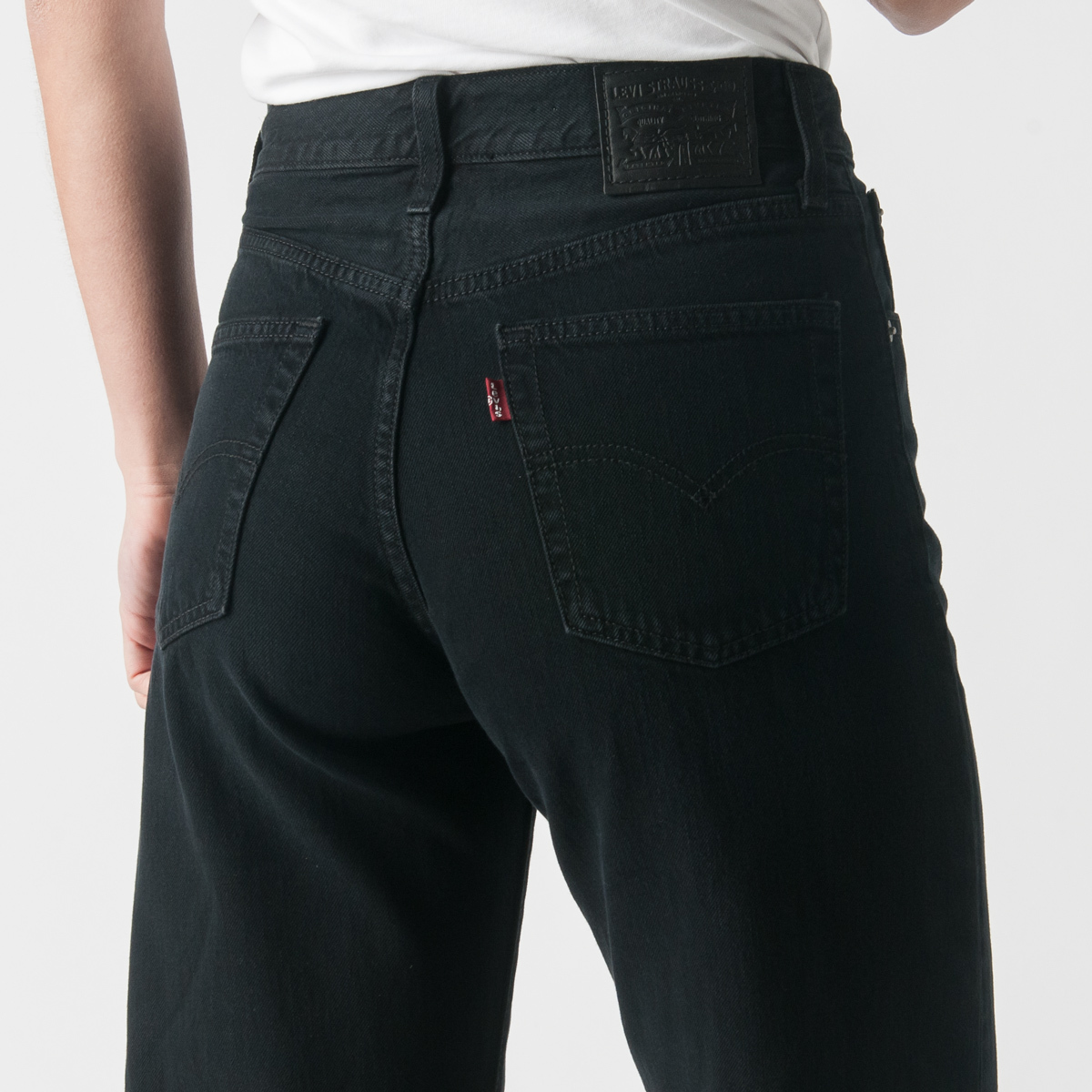 5df704e9 Levi's Premium Big Baggy Jean in Daria | Garmentory