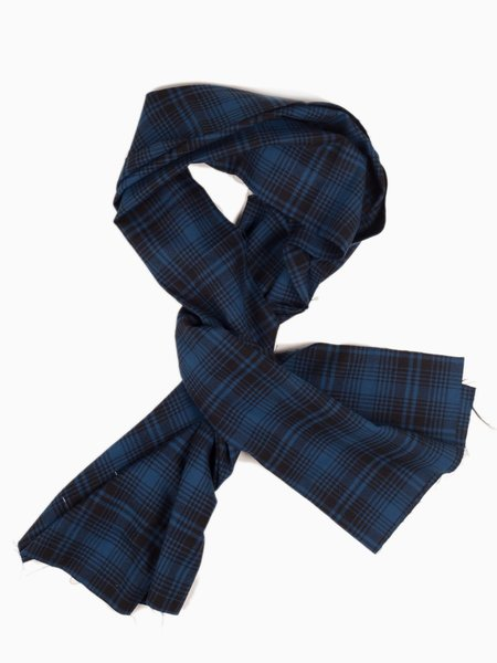 MAPLE Check Stole - Navy